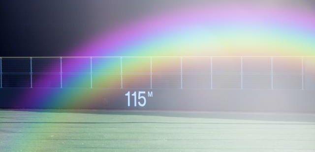 野球グランドと虹