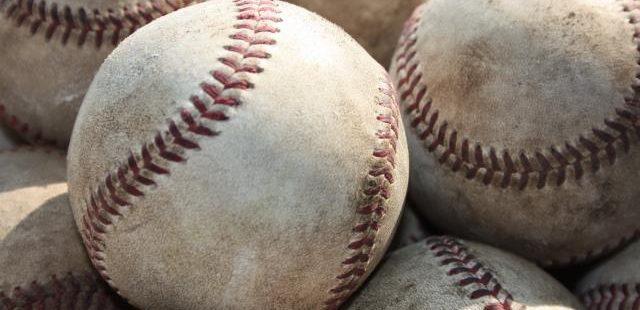 高校野球のボールたち
