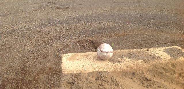 高校野球マウンド