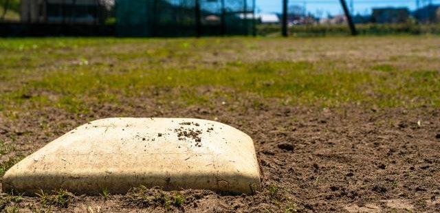 高校野球2塁ベース